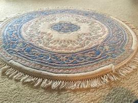 Handmade Round Indian Rug https://ctbids.com/#!/description/share/136481