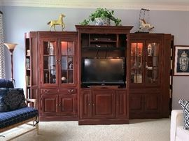 Outstanding entertainment center-3 pieces; we will separate