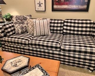 """Like new black and white, 3 pieces """" L"""" shaped couch     Chase's upholstering 9' 2"""" X 6' 9""""    (pillows sold separately)  -close up"""