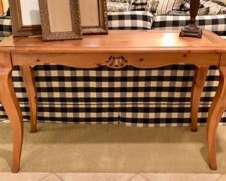 Knotty Pine, Country French couch/foyer table