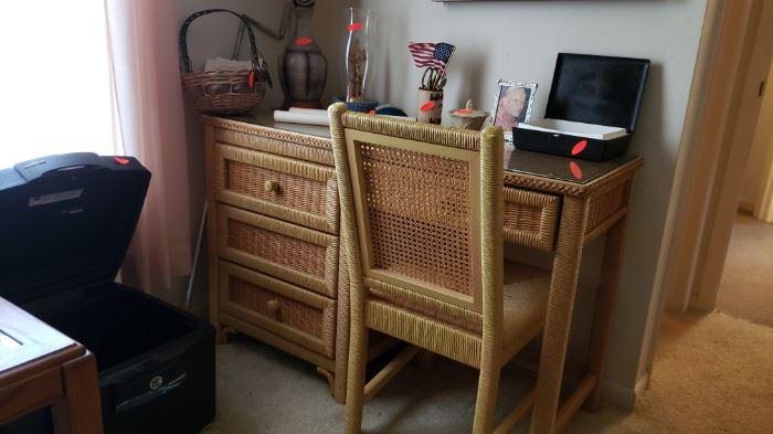 Henry Link Desk with matching bedroom set