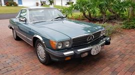 1986 Mercedes 560SL MINT