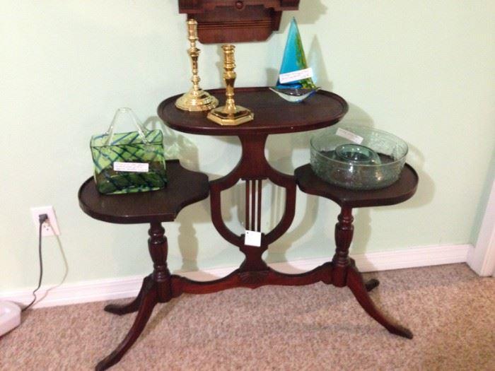 Regency three-tier table