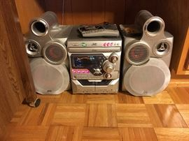 JVC Bookshelf Radio / CD Player
