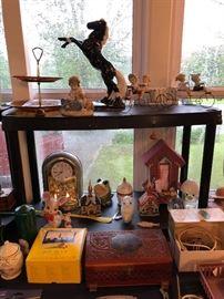 Dryden Pottery Horse, Collectibles