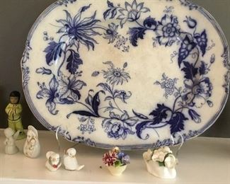 Wonderful English Blue & White platter