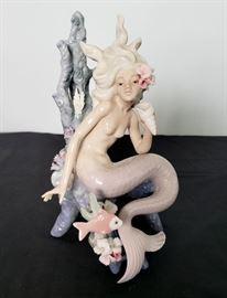 """# 19 - Lladro #5785 """"Ocean Beauty"""" mermaid figurine"""