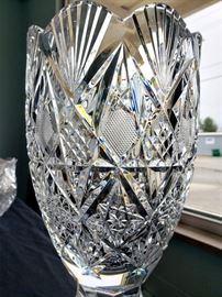 """#24 - Waterford Crystal 1997 Waterford Society """"Sinclaire"""" vase #1 - limited edition 231/1000. Signed by designer Jim O'Leary 1998. (1 of 2 in the online auction)"""