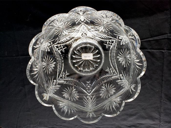 """#26 - Waterford Crystal """"Winter Wonderland"""" bowl - from the Designer's Gallery Collection. Limited edition 579/2500. Signed by designer Jim O'Leary 1998."""