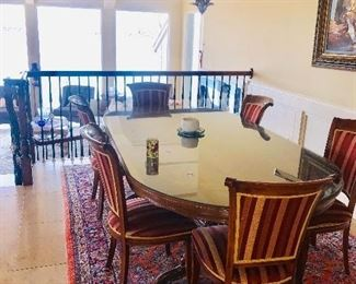 BEAUTIFUL FORMAL DINING TABLE WITH 6 CHAIRS