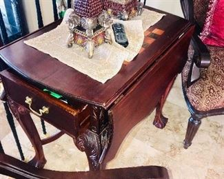 ANTIQUE STYLE DROP LEAF TABLE WITH DRAWER