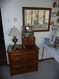 Lamp & Chest of Drawers