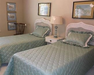 Twin wicker beds