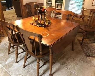 Vintage American Colonial style drop leaf dining table and chairs
