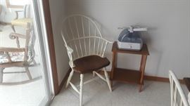 Windsor style dining set, country farmhouse style, table and 6 chairs.