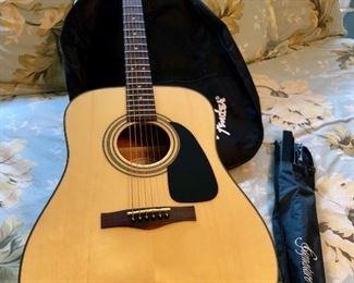 Fender DG-8s