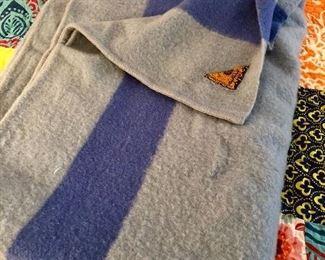 Early's Witney Point Wool Blanket