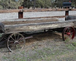 Vintage wagon bed