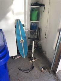 Roxy skateboard, bikepump