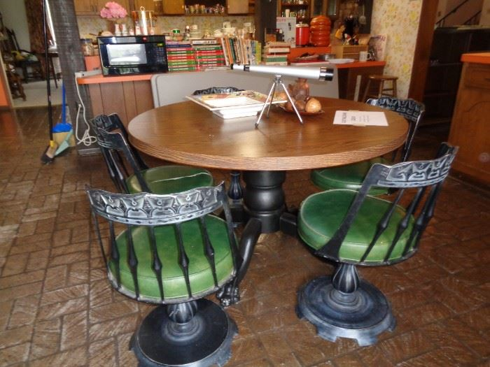 Unique Club Table & Chairs