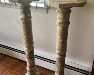 Pair pedestals