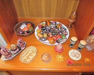 FANTASTICALLY DECORATED WOOD EGGS AND OBJECTS UKRANIAN