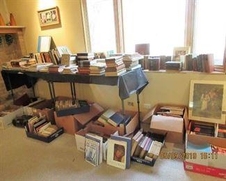 BOOKS, VHS, CASSETTES, VINYL, 45'S, POSTERS, MCM ART PRINTS