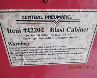 BLAST CABINET