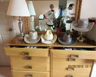 GREAT DRESSER HATS AND LAMPS