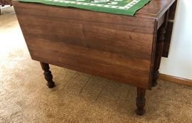 Versatile Drop-Leaf Table