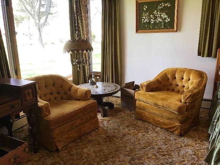 Good condition,1960s gold velvet chairs ,hanging gothic lamp,original velvet shade