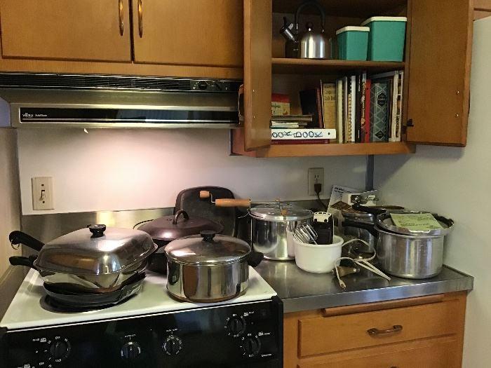 2 pressure cooker,new popcorn popper, Griswold