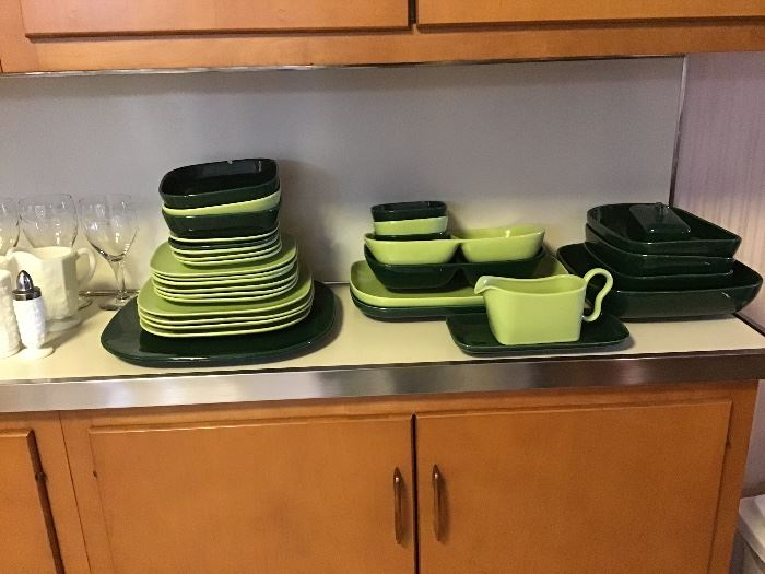 Franciscan green dishes
