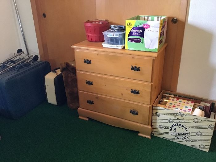3 drawer maple chest