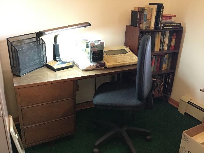 Desk & chair,desk light