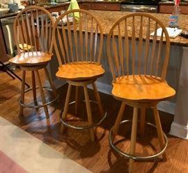 Bar stools https://ctbids.com/#!/description/share/139024