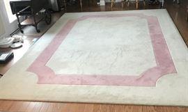 Large Rug https://ctbids.com/#!/description/share/139032