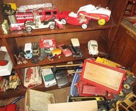 Antique & vintage toys, cars, trucks, models, etc!