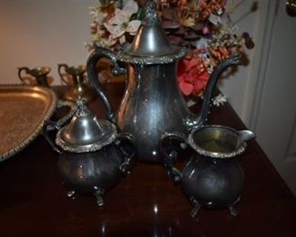 Gorgeous 4 pc Silver Tea Set in Beautiful Condition!