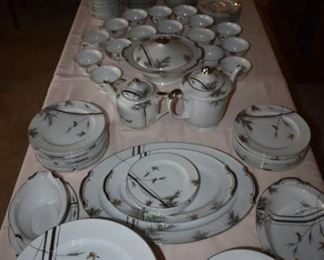 Gorgeous Set of Japanese Vintage China - Dinnerware such a  large number of pieces that it absolutely fills an 8' table! Beautiful!!!
