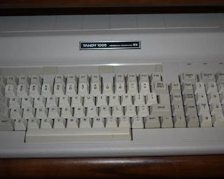 Awesome!!! Most Complete Vintage Tandy 1000 Personal Computer EX ever!!! Everything is here!: includes Monitor, Keyboard, Printer, Floppy Disks, Software, Manuals, Books EVERYTHING!!!! IN WORKING CONDITION!!!!!!!!!!