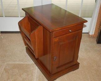 Wood magazine rack/side table/cabinet