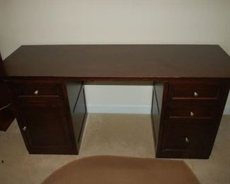 """Office Desk Bassett 69""""W X 24""""D X 30""""H"""