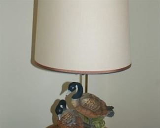 Wildlife lamp