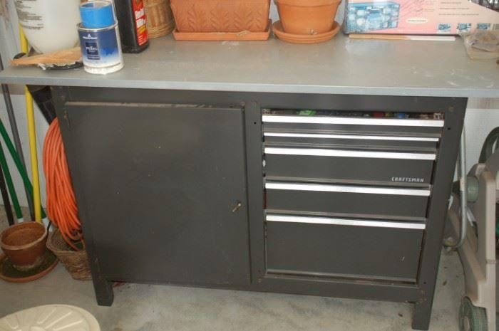Craftsman steel work bench