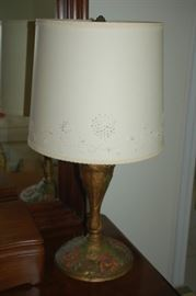 Heavy decorative lamp