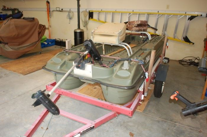 Front view, two trolling motors