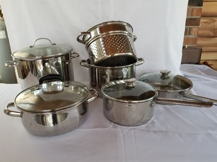 Set of stainless steel pots and pans https://ctbids.com/#!/description/share/136913