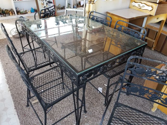 Vintage Wrought iron and glass table and 6 chairs set https://ctbids.com/#!/description/share/136914