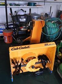 Cub Cadet 3X 30 TRAC Snow Blower